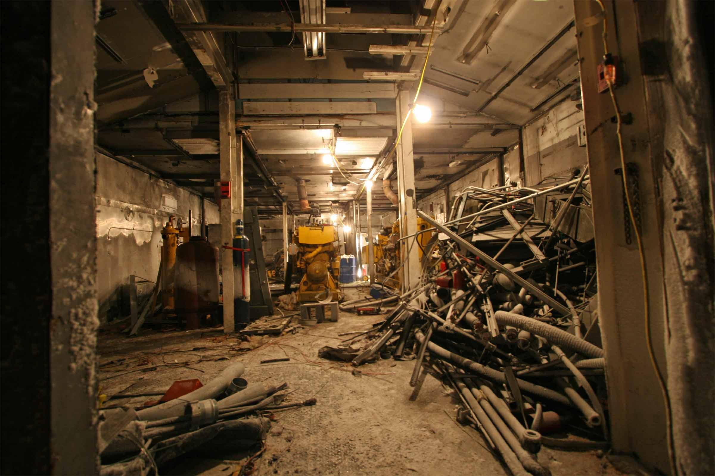 2007 winter photos power plant garage demo - Inside of a garage ...