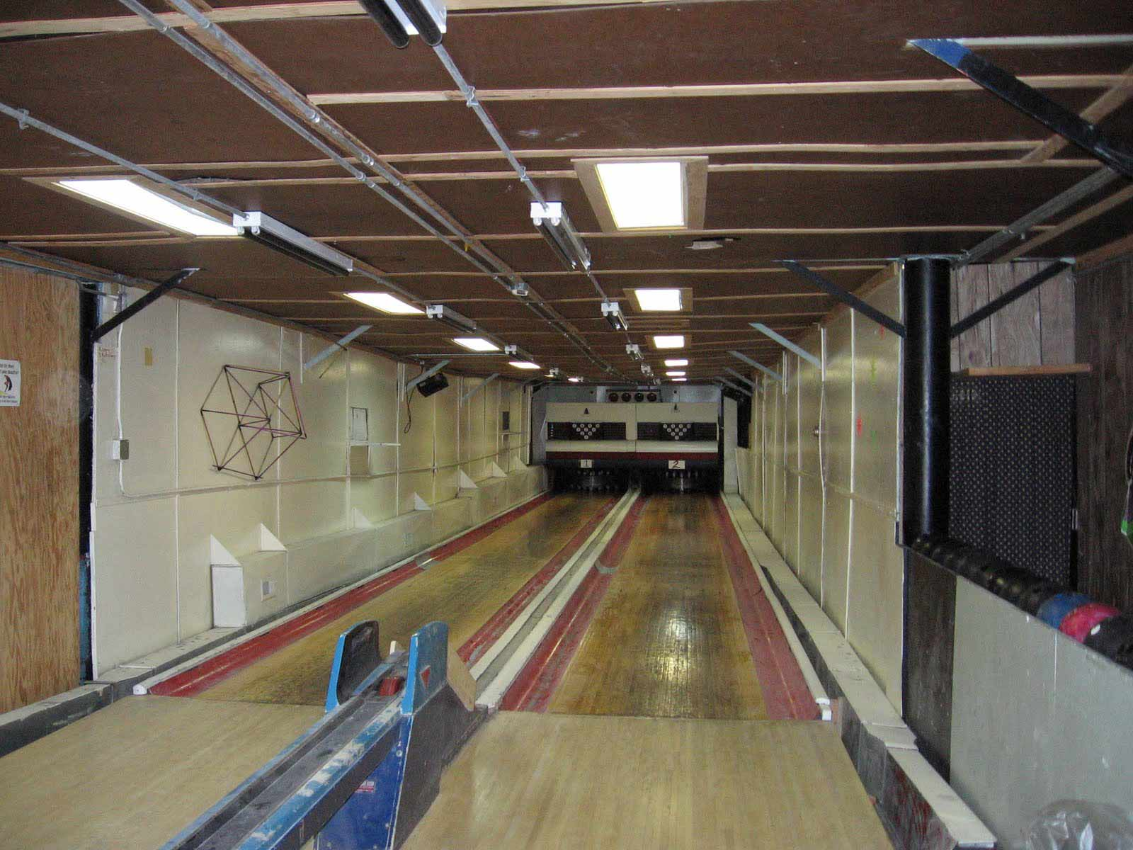 2009 10 s Away with the bowling alley