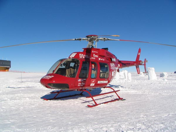 Bell 407 at Pole