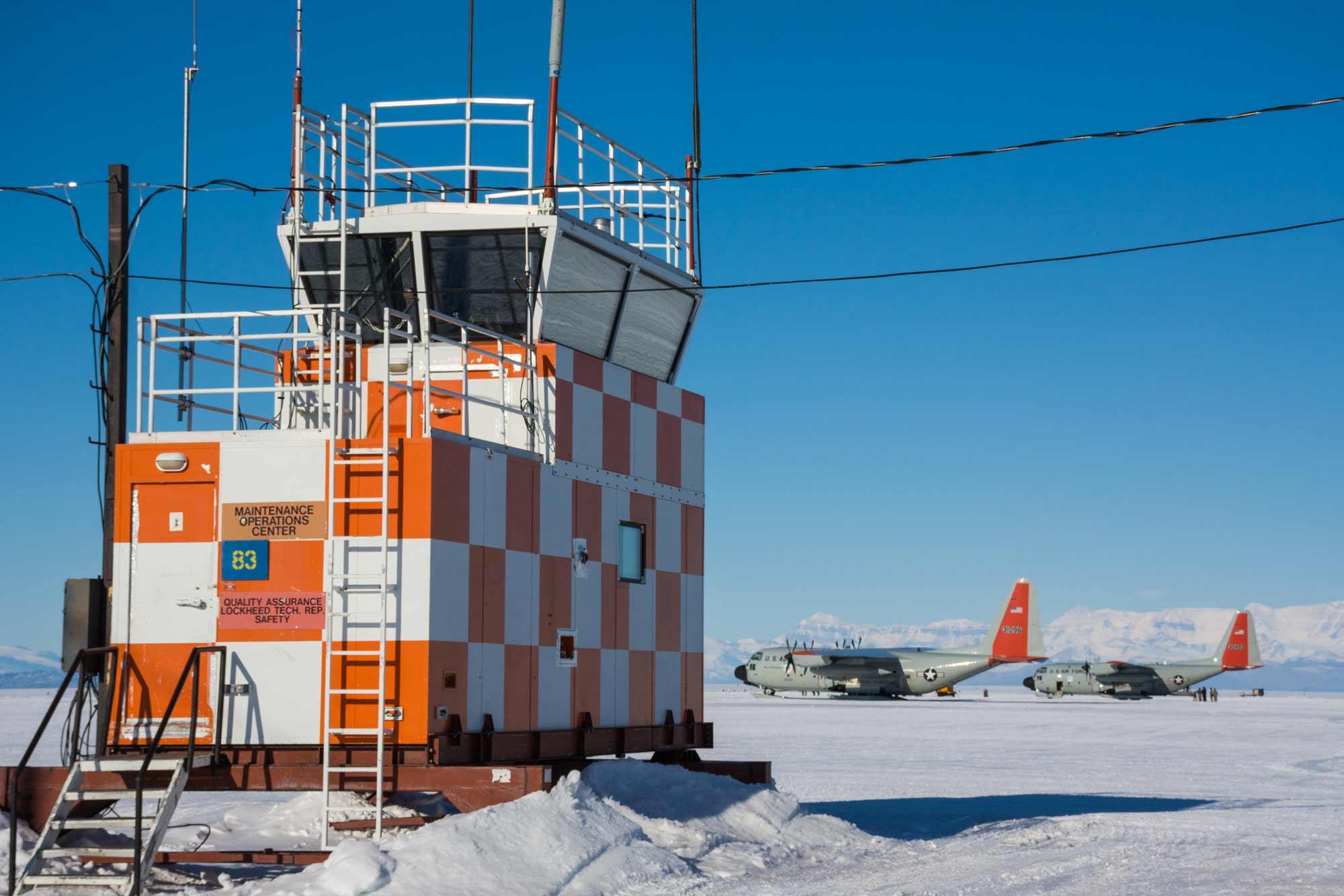 Antarctic aviation support jobs